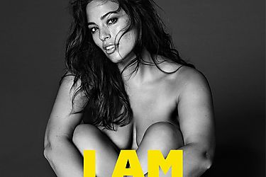 I am What I am Ashley Graham se reivindica tal y como es como nueva imagen de Violeta by Mango